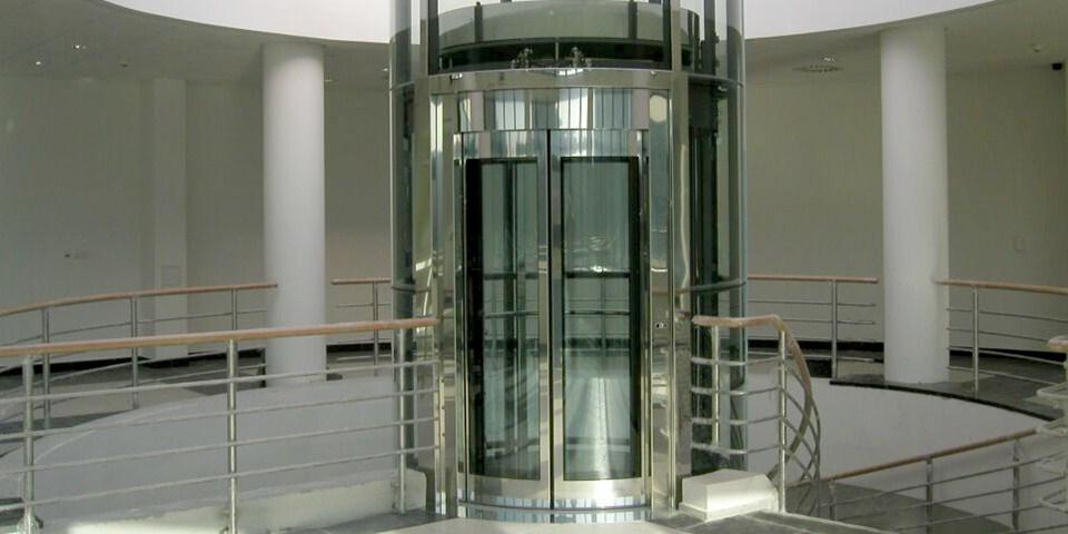 Klefer Automatic Lift Doors